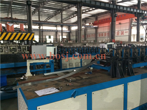 HVAC System Aluminum Mechanical Steering Opposed Blade Air Volume Damper Diffuser Roll Forming Machine Vietnam pictures & photos