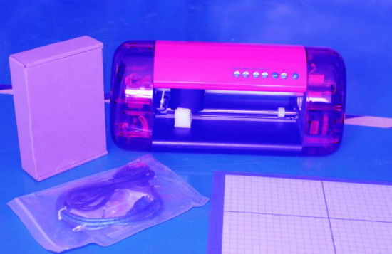 Refine Factory-Direct Mini Cutting Plotter with Laser Eyes pictures & photos