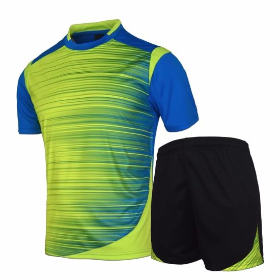 26d9bb2f4e03 China Sublimation Printed Quick Dry Soccer Uniforms - China Football ...