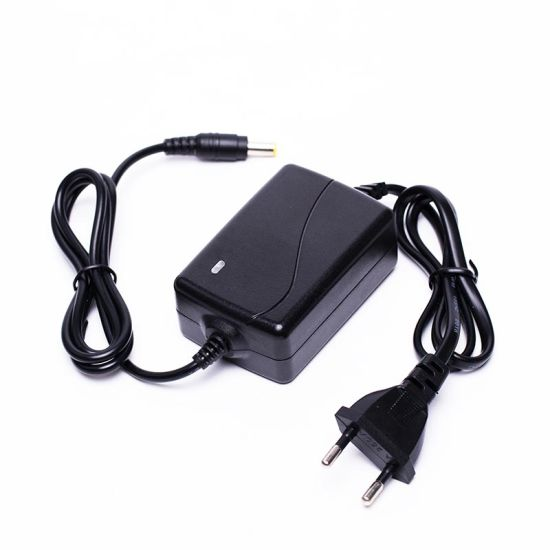 12W 12V1a Desktop AC Adapter EU Plug Switching Power Supply with Ce/FCC/CCC Approval