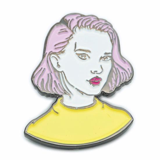 Personalized Cheap Clover Custom Logo Soft Enamel Metal Pin Badge