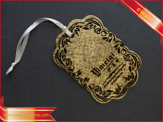 Garment Hang Tag Black Paper Tag with Gold Printed pictures & photos