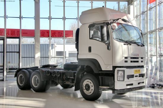 New China Isuzu Truck 6X4 with 80 Ton Pulling Capacity pictures & photos
