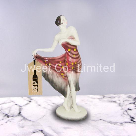 China OEM Beautiful Dancing Woman Shape Ceramic Whisky Bottle