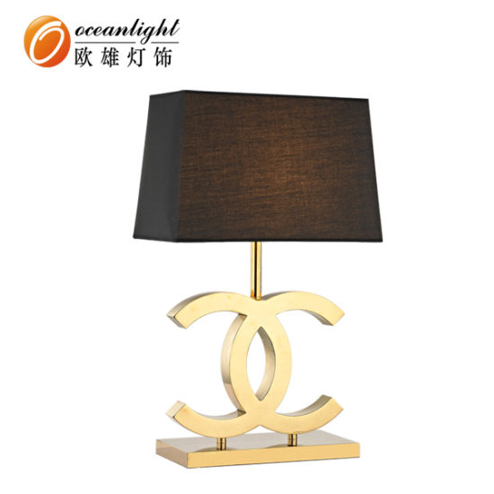 Modern Luxury Expensive Bedside Table Lamp with Home Hotel (OT81098)