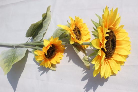 China Silk Yellow Artificial Sunflowers Flowers Fake Flowers For