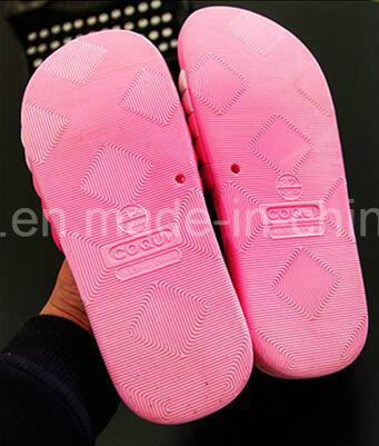 New Style PU Slipper for Wholesale pictures & photos