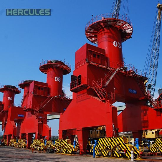 Portable Shipyard Cranes Portal Luffing Crane pictures & photos