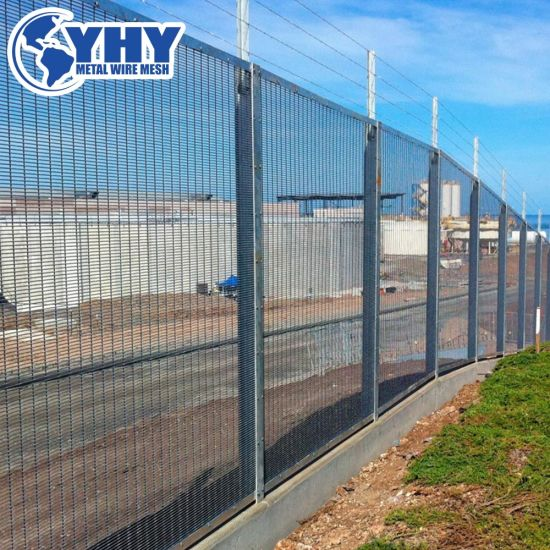 Garden Square Welded Iron Steel Wire Fence