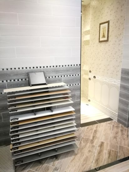 China Modern White Wooden Floor Tile in