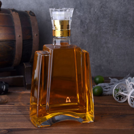 Luxury Design and Top Quality Glass Wine Bottle and Liqueurs Bottle