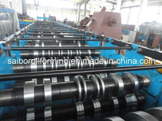 Metal Deck Roll Forming Machine (0.8-1.5mm) pictures & photos