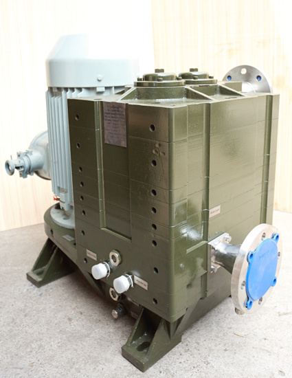 70L/S Vertical Water Cooling Claw Vacuum Dry Pump (DCVA-70U1/U2) pictures & photos