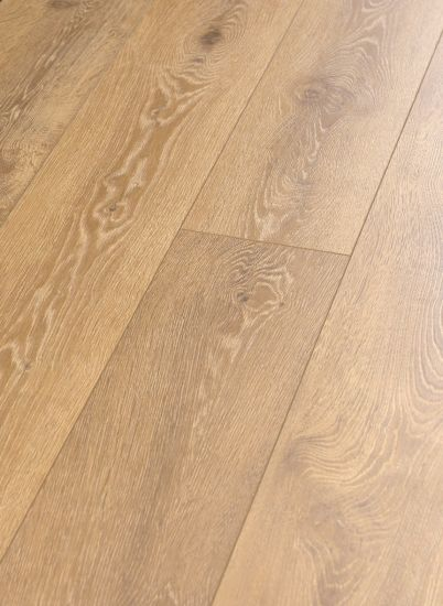 Oak Painting V-Groove Kn8205 Laminate Floor pictures & photos