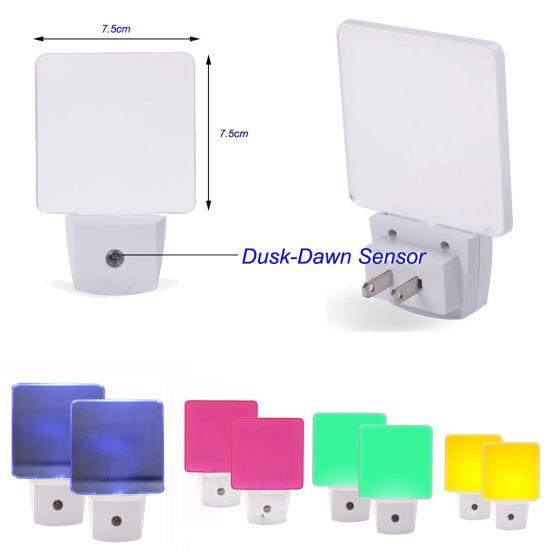 c2376567566d Auto on/off Plug in LED Light Sensor Nightlight Night Lamp pictures & photos