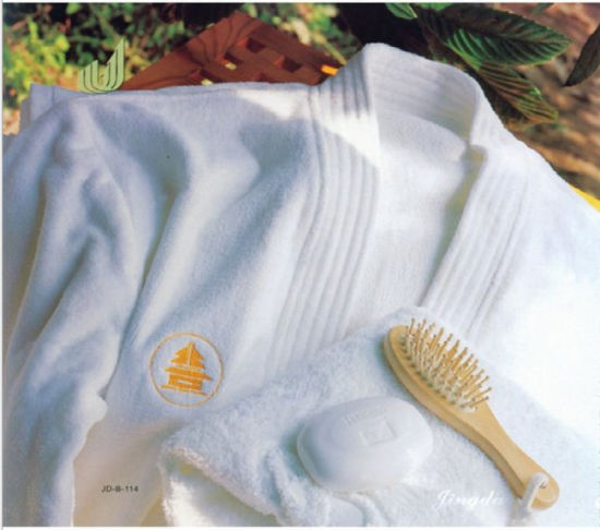 Unisex High Quality Cut Pile Bathrobe for Hotel pictures & photos
