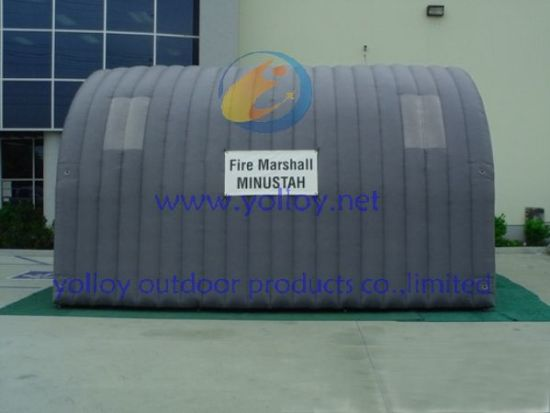 China Soda Sand Blasting Inflatable Spray Tent - China