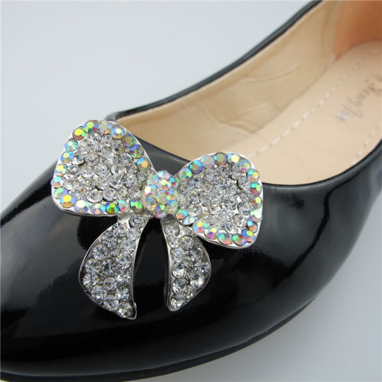 High Quality and Most Popular Rhinestone Crystal Ab Flat Bow Ladies′ Shoe Clips pictures & photos