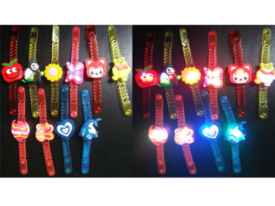 Latest Design Small Promotion Gift Watches with Light H09320090