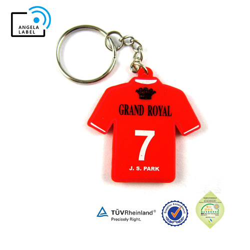 China Product Promotional Silicone Rubber Car 3D PVC Keychains pictures & photos