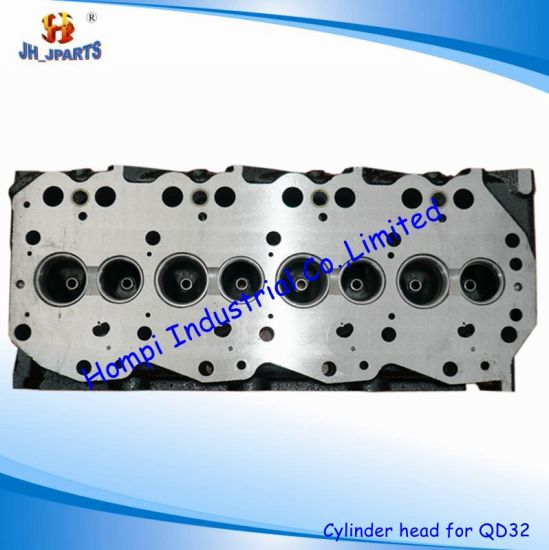China Engine Spare Parts Cylinder Head for Nissan Qd32 11041