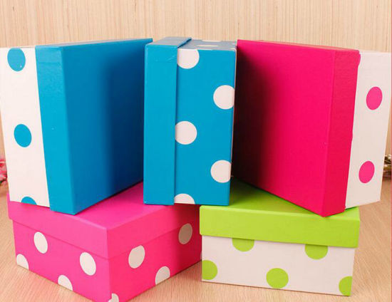 Wholesale Custom Printed Handmade Cardboard Gift Packaging Color Box pictures & photos