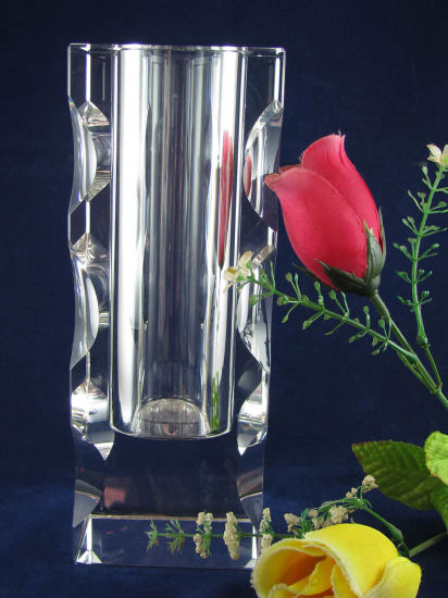 China Clear Crystal Vases High Quality Glass Vase Ks15042 China