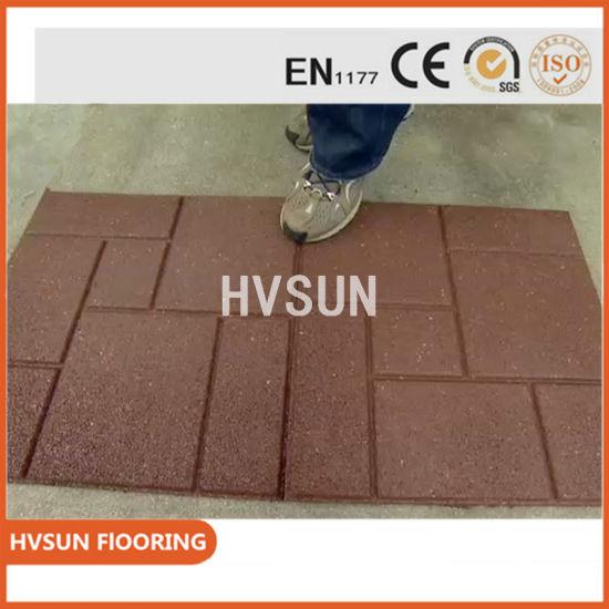 China Low Price Rubber Fold Floor Garage Tiles Anti-Bacteria Matting ...
