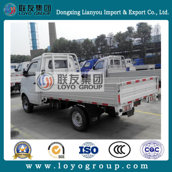 Sinotruk Cdw 4X2 Light Diesel Mini Truck for Sale pictures & photos