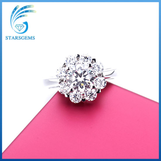 New Design Flower Shape Clear White 5A Cubic Zirconia Sterling Silver Fashion Ring pictures & photos