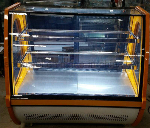 Cost-Effective Plastic Base Material Cake Display Cooler with High Quality Pastry Display Refrigerator pictures & photos