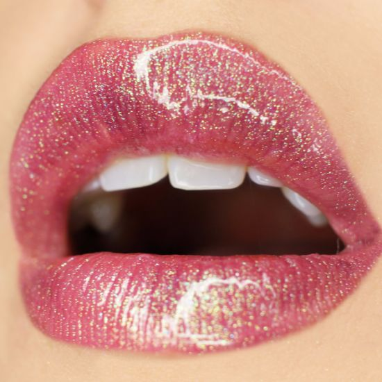 glittery-lipstick-fetish-pictures-pregnant-secret-lesbian