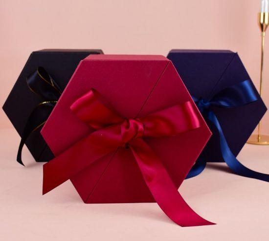 Custom Special-Shaped Box Flower Perfume Cosmetic Skincare Paper Gift Packaging Box with Silk Ribbon