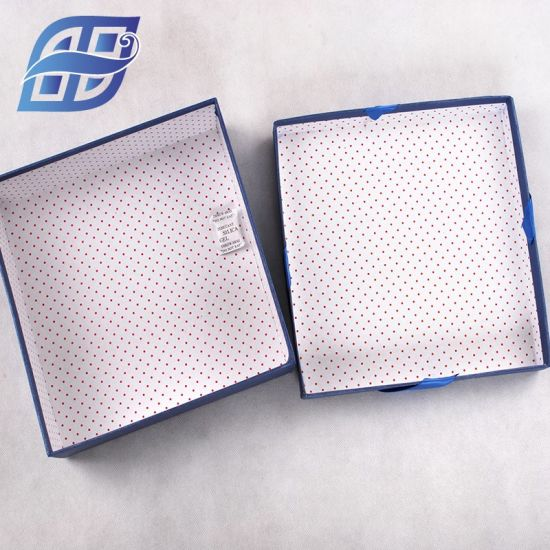 Wholesale China Recycle Square Shaped Paper Packaging Carton Gift Box pictures & photos
