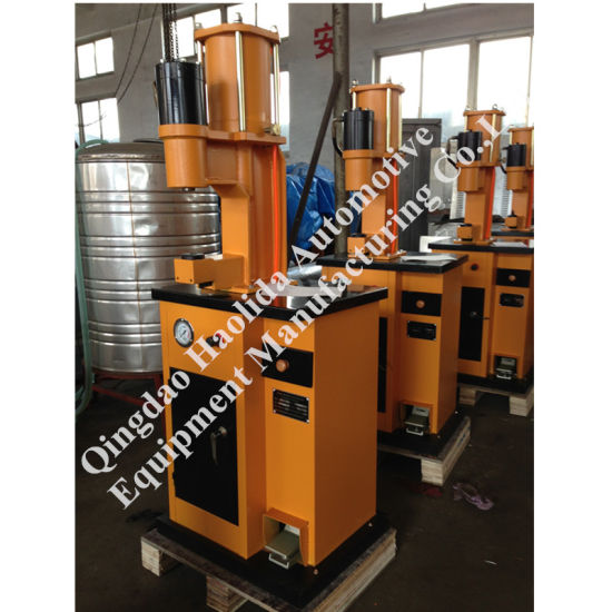 High Quality Qy-6 Model Brake Pad Riveting Machine pictures & photos