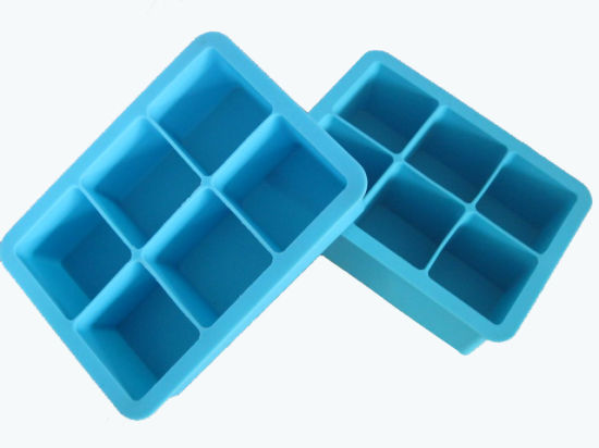 FDA Standard Kitchenware Silicone Ice Maker & Ice Cube Tray (Fly-2014040902) pictures & photos