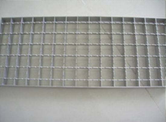 Class D400 Ductile Cast Iron Trench Grate for Road pictures & photos