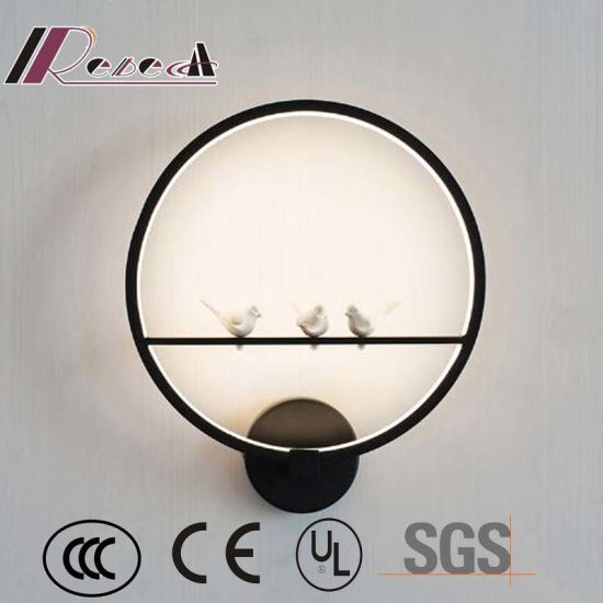 Northern Europe Design Resin Round Wall Lamp pictures & photos