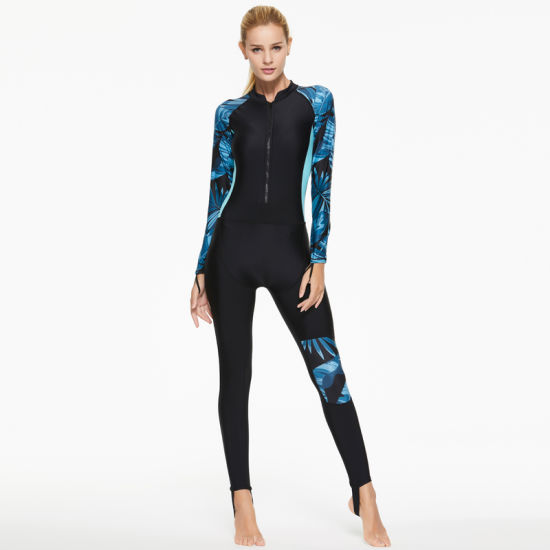 2019 New Design Fashion Swimming Wetsuit Women Diving Suit pictures & photos