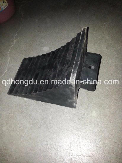 Black Rubber Car Bumper pictures & photos