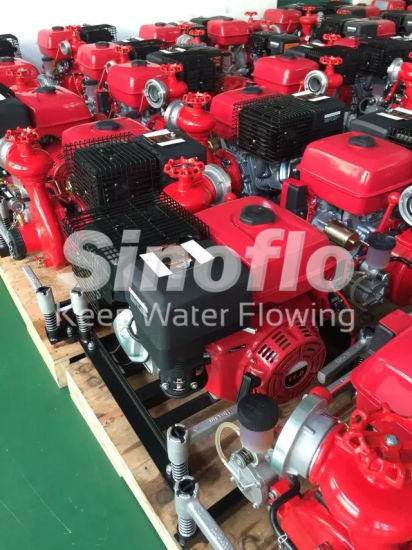 13HP Portable Gasoline Engine Vacuum Priming Fire Pump with Honda Engine pictures & photos