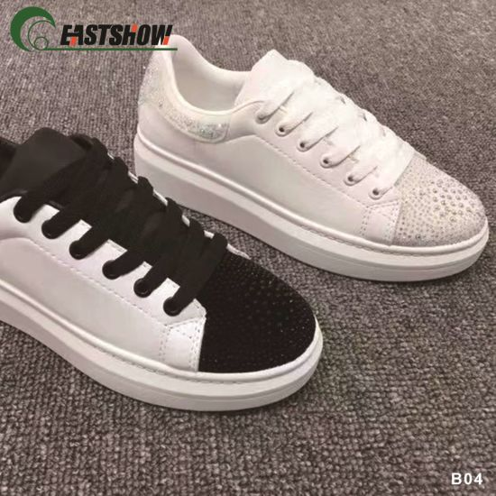 China Manufacturer of Hot Sale PU Casual Shoes pictures & photos