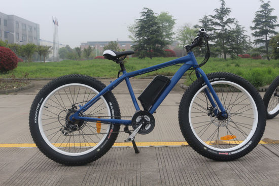 26*4.0inch Fat E-Bike with Bottle Lithium Battery pictures & photos