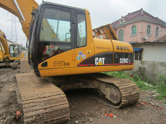 Used Caterpillar 320c Hydraulic Crawler Excavator-Internal-Combustion-Engine 2006~2009 20ton/0.5~1.0cbm Available-Pump pictures & photos