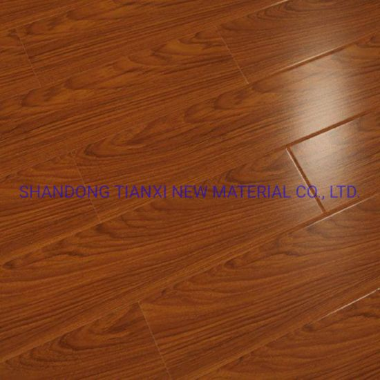 Class 31 Wear Resistant Wood Laminated Flooring Made in China pictures & photos
