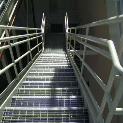 Stair Tread with High Quality used in Platform pictures & photos