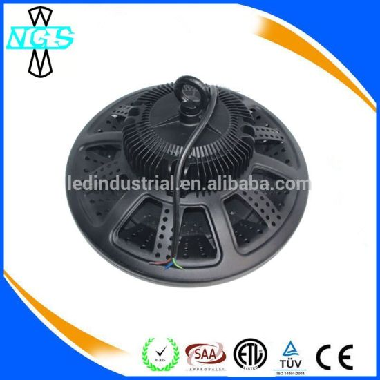200W 100W High-Quality Brand Chips Industrial Lamp UFO LED High Bay Light pictures & photos