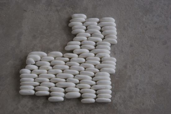 White Pebble Stone for Decoration/River Cobble Stone pictures & photos