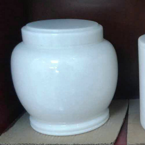 China Wholesale Natural Stone Urns for Ashes pictures & photos