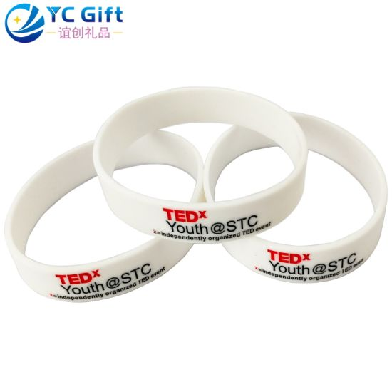 China Wholesale Custom Eco-Friendly Fashion Art Crafts Sport Souvenir Silicone Wristband Company Activity Promotional Gift Bracelets with Free Design (WB01)